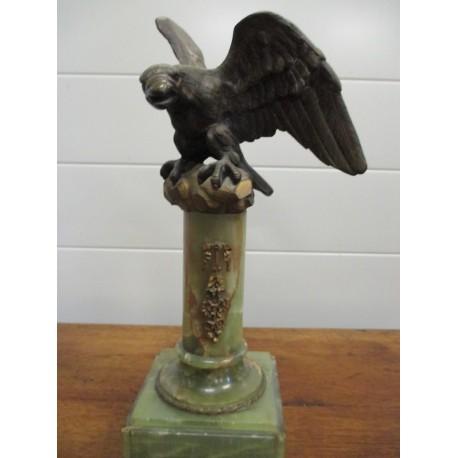Statue d'aigle en bronze du 19ème siècle