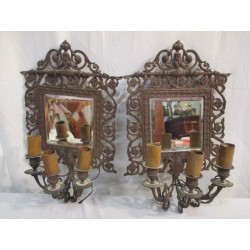 Appliques murales en bronze avec un miroir